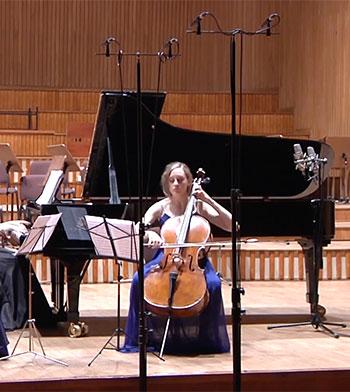Klaudia performing Bruch Piano Trio